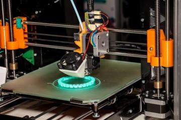הדפסה תלת מימדית – המדפסת שממציאה לכם פטנטים!